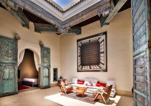 Coin salon dans l'établissement Hotel & Spa Dar Bensouda