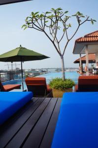 The swimming pool at or near Casa del Rio Melaka