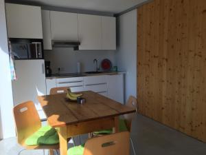 Küche/Küchenzeile in der Unterkunft Gästewohnung zum Atelier