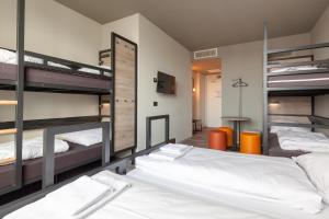 Uma ou mais camas em beliche em um quarto em ao Hotel Venezia Mestre 2