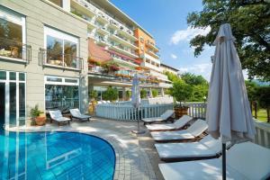 Der Swimmingpool an oder in der Nähe von Amadria Park Grand Hotel 4 Opatijska Cvijeta