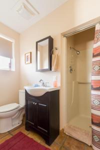 A bathroom at Crown King Cabins Bradshaw
