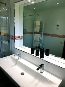A bathroom at Rur Haus