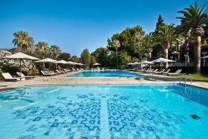 Poolen vid eller i närheten av Formentor, a Royal Hideaway Hotel