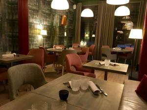 A restaurant or other place to eat at Restaurant & Guesthouse Cachet de Cire