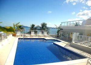 A piscina localizada em The Falls Hotel ou nos arredores