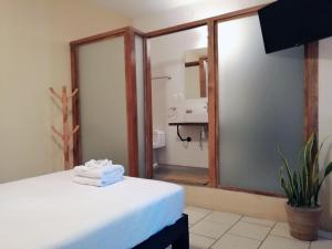 A bathroom at Jardín San Pancho