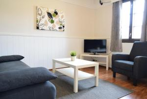 A seating area at Visulahti Cottages