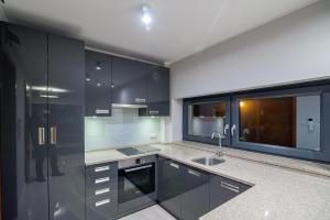 A kitchen or kitchenette at LIPOWA 6