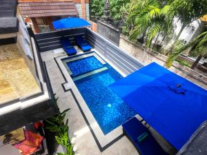 A view of the pool at Chillhouse Lembongan or nearby