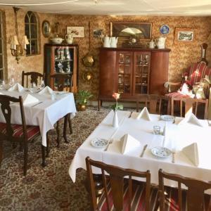 En restaurant eller et andet spisested på Hotel Laasby Kro