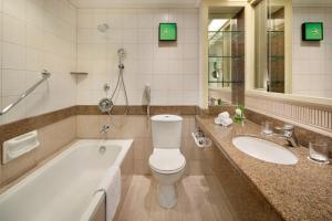 A bathroom at Shangri-La Golden Sands, Penang