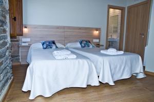 Cama o camas de una habitación en PENSION SERRANO