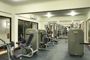Gimnasio o instalaciones de fitness de Sea Cliff Resort & Spa
