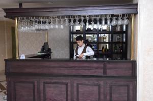 O saguão ou recepção de Rose Inn Hotel Baku