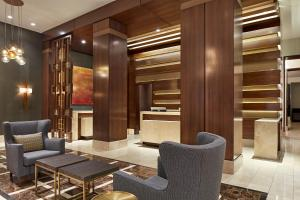 A seating area at Hotel Adagio, Autograph Collection
