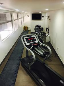 The fitness center and/or fitness facilities at Quest Parnell Serviced Apartments