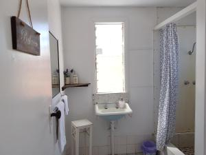A bathroom at Civic Guesthouse