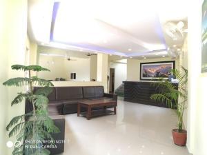 The lobby or reception area at Hotel Fewa Dream