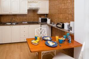 Küche/Küchenzeile in der Unterkunft Camel's Spring Club