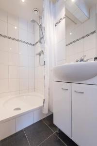 A bathroom at De Waag
