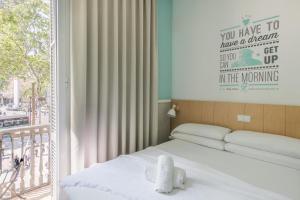 Letto o letti in una camera di Ramblas by Pillow