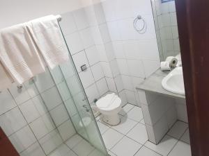 A bathroom at Sol Praia Marina Hotel