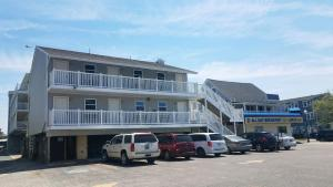 Atlantic Breeze Motel & Apartments