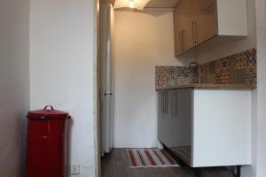 A kitchen or kitchenette at L'Éphémère Canebière - Gambetta