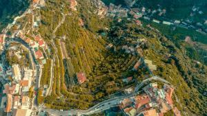 A bird's-eye view of Admiring Amalfi