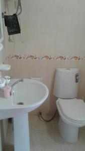 Ванная комната в Tatiana Guesthouse