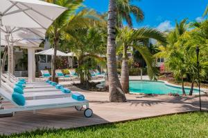 The swimming pool at or near The Oasis at Grace Bay
