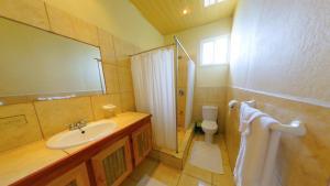 A bathroom at The Naturalist Beach Resort
