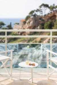 A balcony or terrace at Hotel Bellevue Dubrovnik