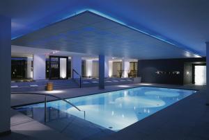 Der Swimmingpool an oder in der Nähe von Hotel Madlein