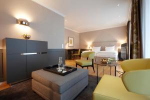 A seating area at Romantik Hotel Das Lindner
