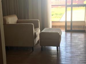 A seating area at Flat no Resort Lake Side