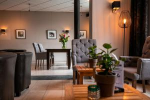 The lobby or reception area at Hotel Walram