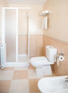 A bathroom at Hostal Camino Real