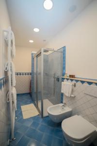 A bathroom at Casa Vacanze Vittoria
