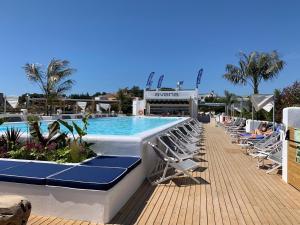 Het zwembad bij of vlak bij Gran Hotel Flamingo-Adults Only