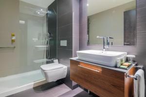 A bathroom at Hotel Cismigiu
