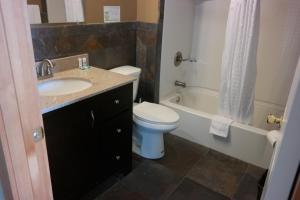 A bathroom at Sitka Hotel
