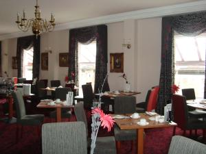 A restaurant or other place to eat at The Minster Hotel