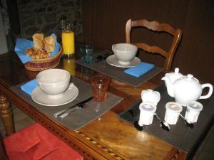 Restaurant ou autre lieu de restauration dans l'établissement Domaine des Gardette