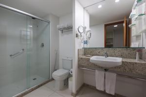 A bathroom at Best Western Premier Maceió