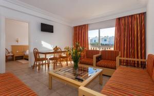 منطقة جلوس في Le Corail Appart'Hotel Yasmine Hammamet