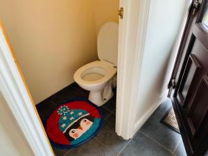 A bathroom at Housefield Stay