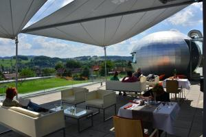 A restaurant or other place to eat at Antonie Hotel****superior