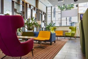 The lobby or reception area at Park Inn by Radisson Stuttgart